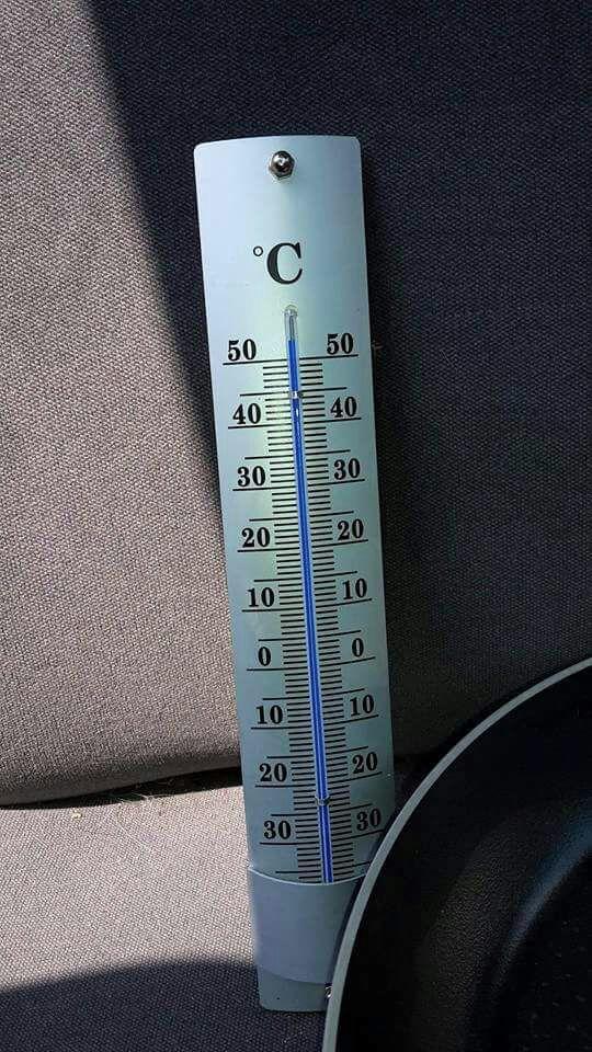 Termómetro coche al sol, tras 15'